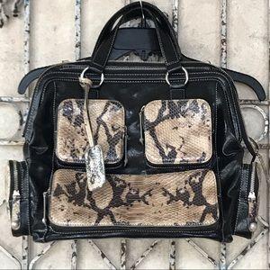 NWOT MAXX New York snakeskin purse/tote! 👜